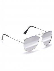 Sorte pilotbriller med sølvfarvet stel