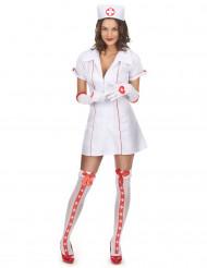 Udklædning sød sygeplejerske kvinde