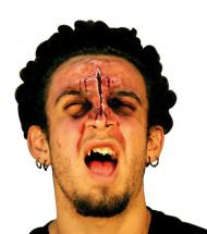 Falsk sår til ansigtet voksen