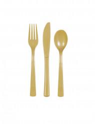 18 stk blandet service i plastik guld