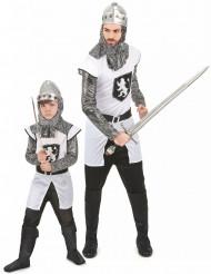 Parkostume ridder far og søn