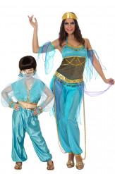 Par kostume orientalske dansere mor og datter