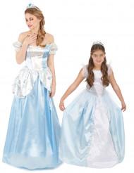 Par kostume blå prinsesser mor og datter