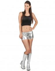 Diskoshorts sølvfarvede glinsende kvinde
