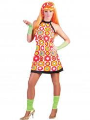 Orangefarvet retrokostume kvinde