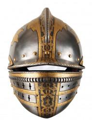 Maske i pap hjelm middelalder