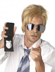 Paryk og overskæg blond hemmelig agent