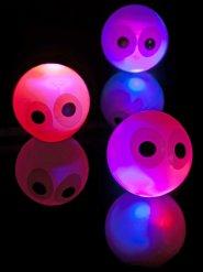 Hoppebold lysende med øjne 14 cm