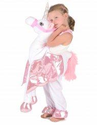 Kostume barn på ryggen af en enhjørning
