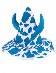 Hat med blå kopletter og horn