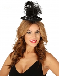 Mini høj hat i sort med rose og fjer kvinde