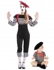 Par kostume mimer mor og baby