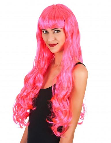 Langhåret lyserød paryk kvinde