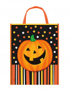 Slikpose med græskar til Halloween